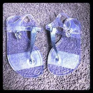556035cbd669 GAP Shoes - Girls Gap Clear Jelly Sandals NWT Size 3